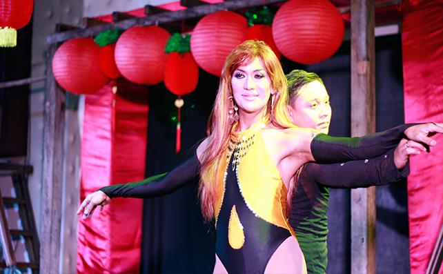 Lola Divas13