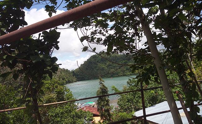 Lake Pandin12