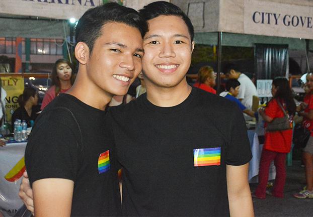 Gay love3